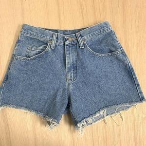 Wrangler Cut Off Jean Shorts Womens Size 28